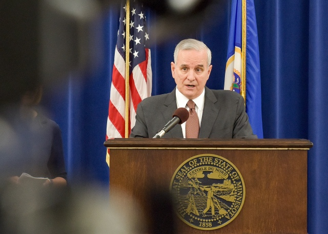 060116-PHOTO-Gov Dayton Presser-AV