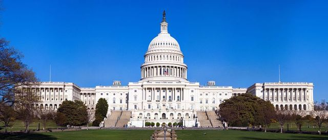 Capitol_Building_Full_View